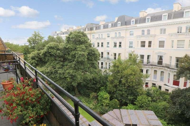 1 Bedroom Retirement Property for sale in Homepine House, Folkestone, CT20 2XD