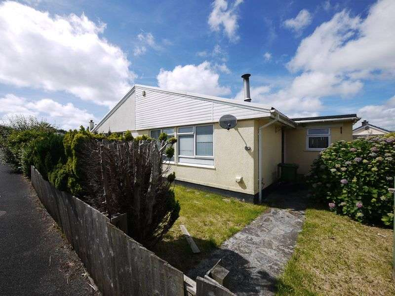 3 Bedrooms Semi Detached Bungalow for sale in Whitstone, Holsworthy