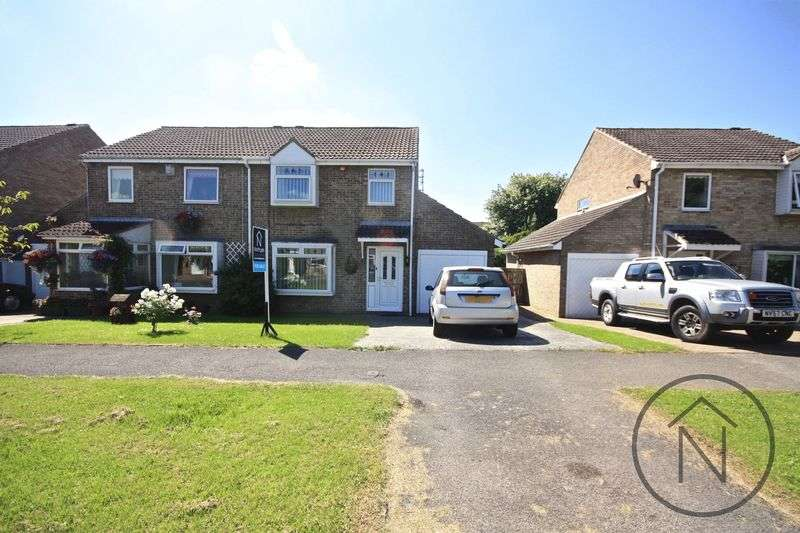 3 Bedrooms Semi Detached House for sale in Staintondale, Newton Aycliffe