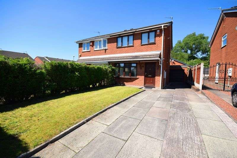 3 Bedrooms Semi Detached House for sale in Foxley Lane, Milton