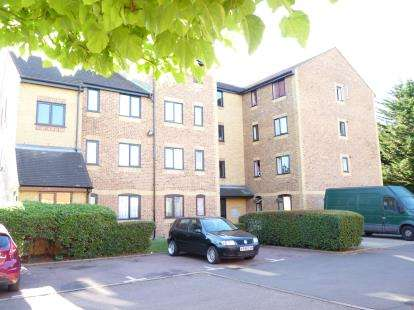 1 Bedroom Flat for sale in Burket Close, Southall