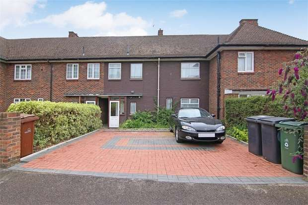 4 Bedrooms Terraced House for sale in Lee Close, Walthamstow, London