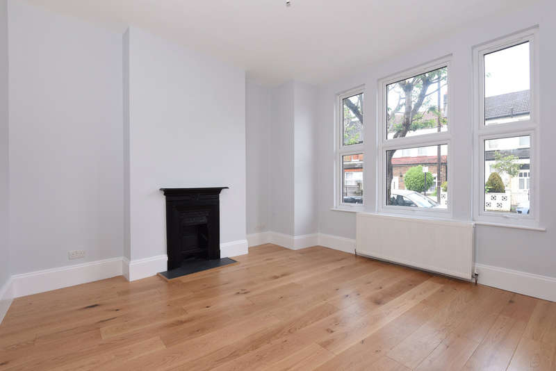3 Bedrooms Terraced House for sale in Brampton Road, Harringay