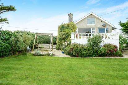 3 Bedrooms Bungalow for sale in Aberdaron, Gwynedd, LL53