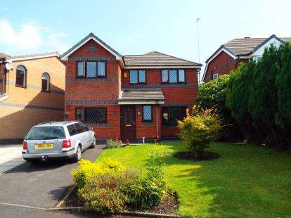 4 Bedrooms Detached House for sale in Wildcherry Gardens, St. Helens, Merseyside, WA9
