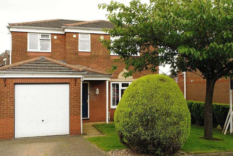 4 Bedrooms Detached House for sale in 4 Albion Gardens Close, Royton