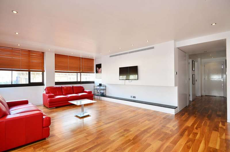 2 Bedrooms Flat for sale in Gilbert Street, Mayfair, W1K
