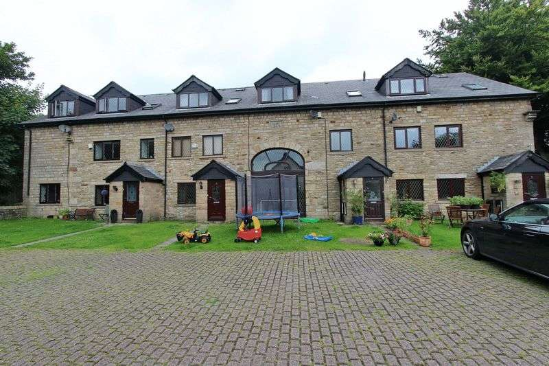 4 Bedrooms Mews House for sale in The Dovecotes, Bridge Hall Fold, Bury