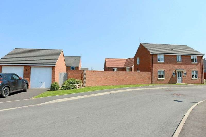 4 Bedrooms Detached House for sale in Railway Close, Pipe Gate, Market Drayton