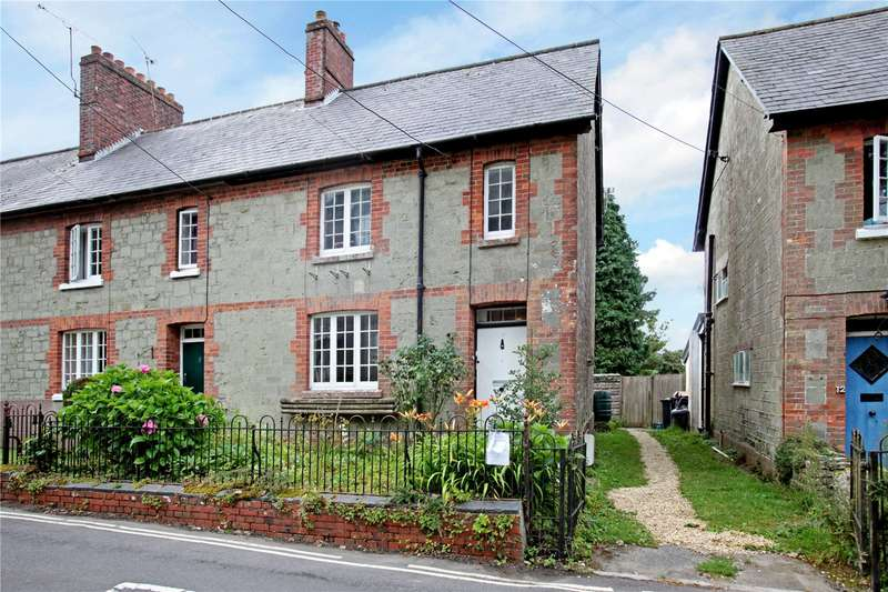 3 Bedrooms Terraced House for sale in St. James Street, Shaftesbury, Dorset, SP7