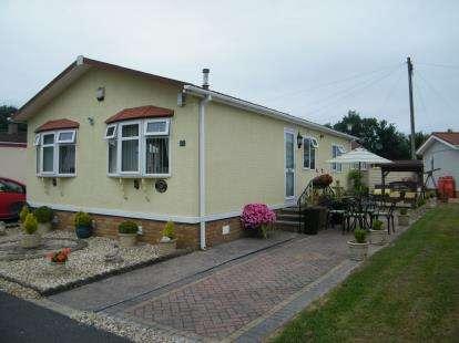 2 Bedrooms Detached House for sale in Hi Ways Park, Hallen, Bristol, Gloucestershire
