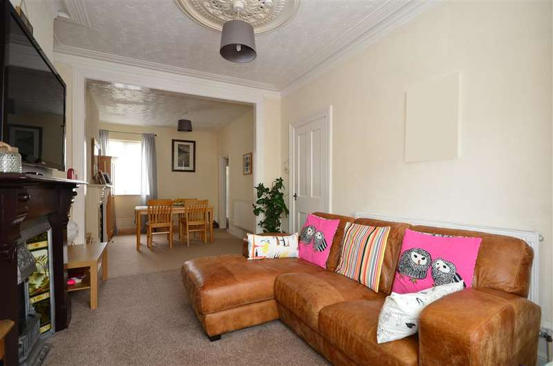 3 Bedrooms Terraced House for sale in Cardiff Road, Portsmouth, Hampshire