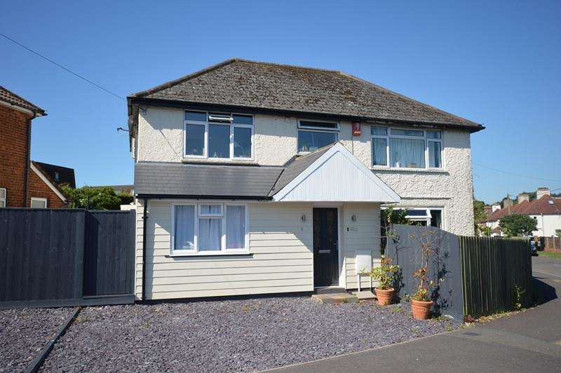 2 Bedrooms Flat for sale in Lower Buckland Road, Lymington