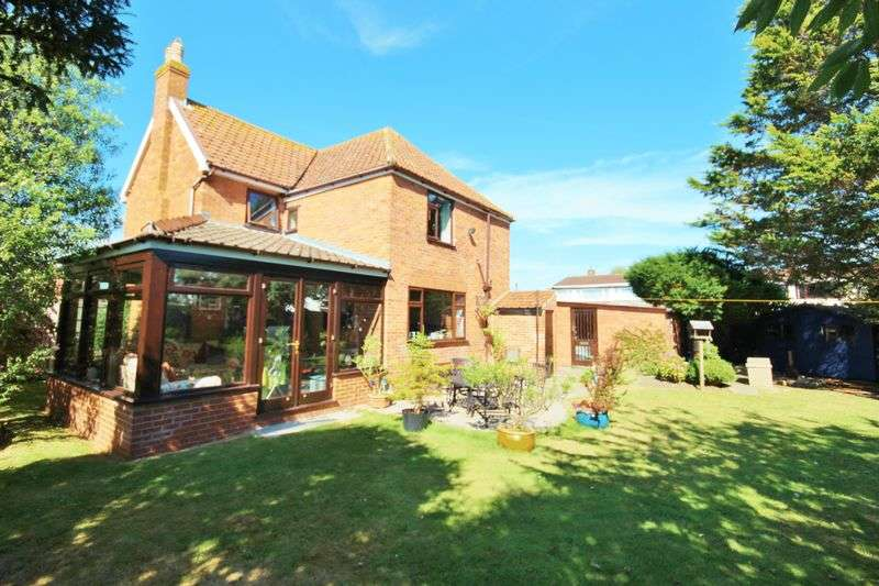 4 Bedrooms Detached House for sale in Parsonage Road, Burnham-On-Sea