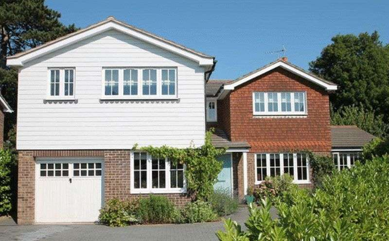 5 Bedrooms Detached House for sale in Mascalls Park, Paddock Wood, Tonbridge