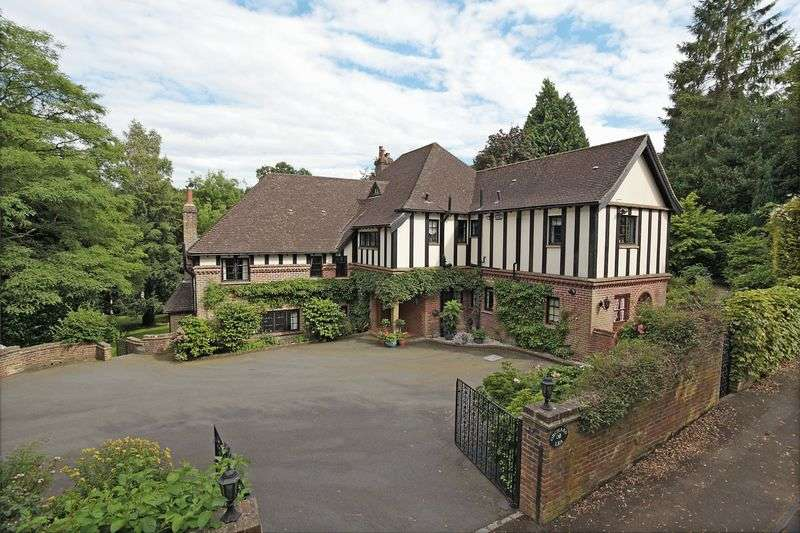 5 Bedrooms Detached House for sale in Old Lane, St Johns, Crowborough, East Sussex