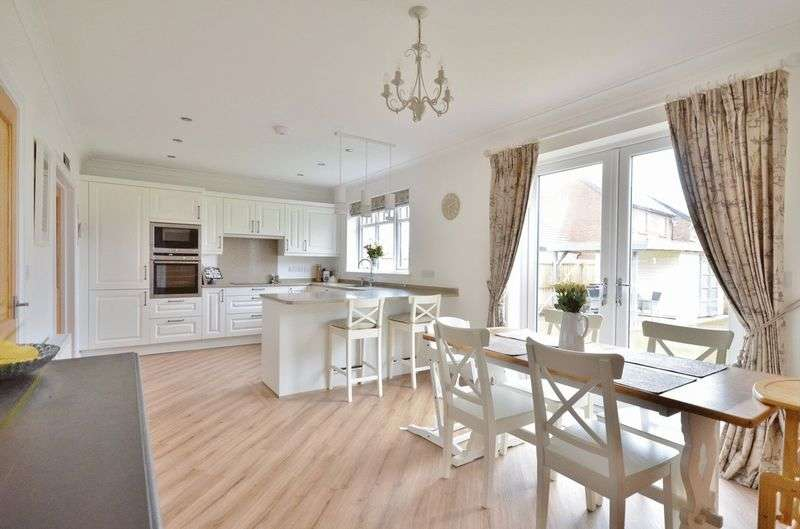 4 Bedrooms Detached House for sale in Keekle Meadows Road, Cleator Moor