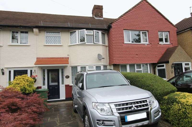 3 Bedrooms Terraced House for sale in Dorchester Road, Worcester Park