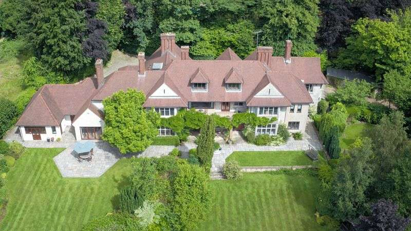 8 Bedrooms Detached House for sale in Walton on the Hill
