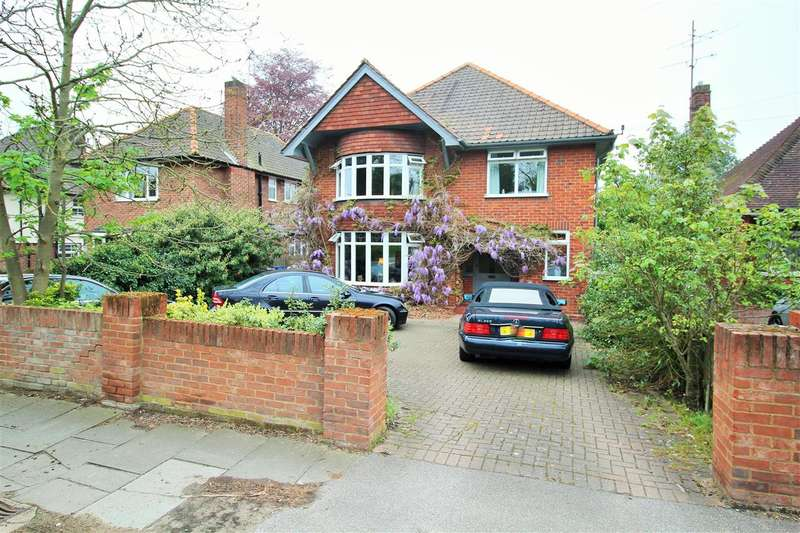 4 Bedrooms House for sale in Valley Road, Ipswich