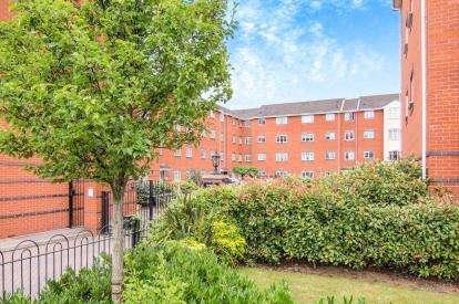 2 Bedrooms Flat for sale in Rathbone Court, 447 Stoney Stanton Road, West Midlands