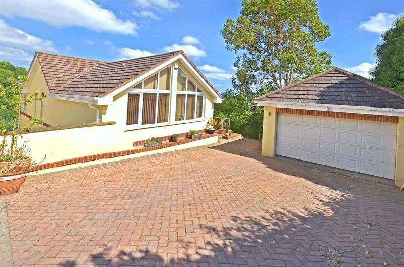 6 Bedrooms Detached House for sale in Windmill Gardens, Preston, Paignton