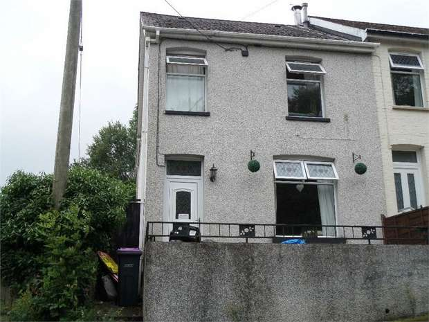 3 Bedrooms Semi Detached House for sale in Incline Road, Abersychan, PONTYPOOL