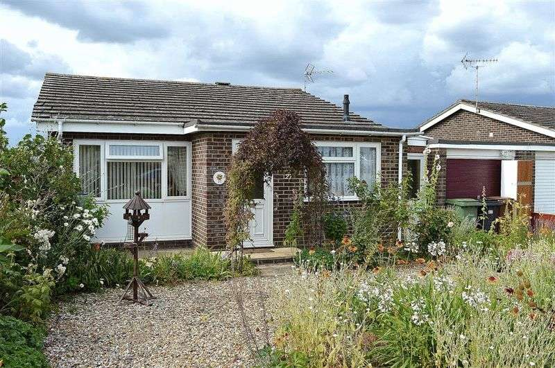2 Bedrooms Bungalow for sale in Sharman Avenue Watton
