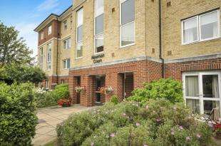 1 Bedroom Retirement Property for sale in Newman Court, North Street, Bromley