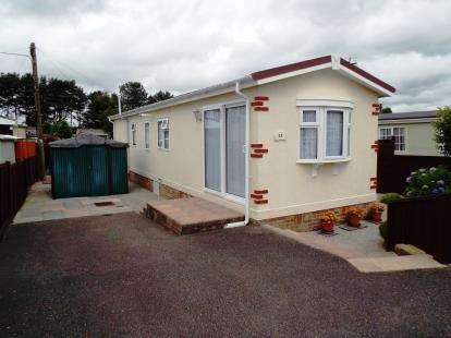 2 Bedrooms Bungalow for sale in Croft Farm Park, Luxulyan, Bodmin