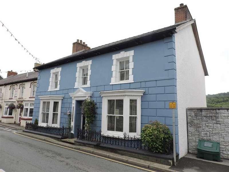 4 Bedrooms Property for sale in High Street, Llandysul