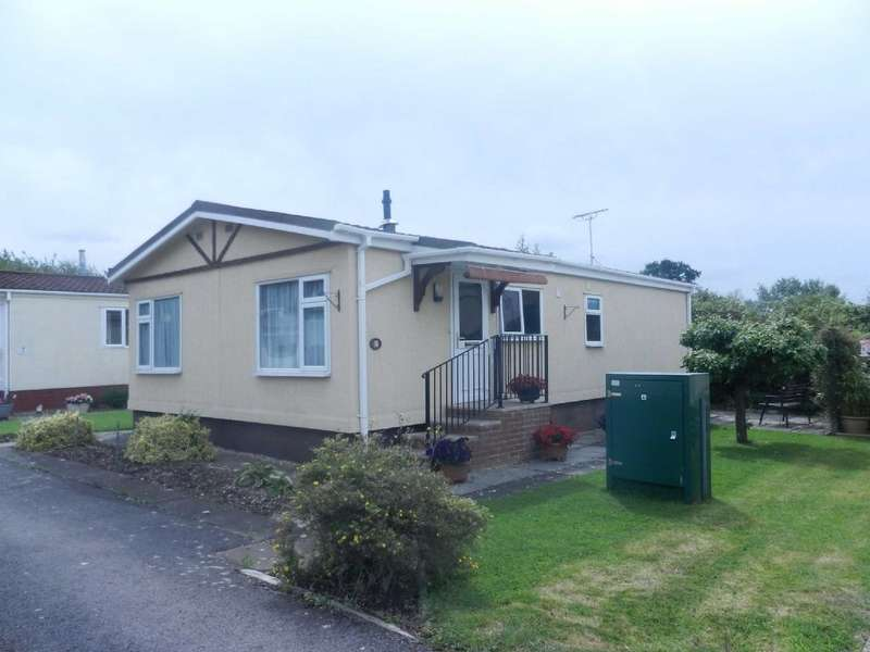 Park Home Mobile Home for sale in Woodbines Park, Hatherley, Sunnyfield Lane, Hatherley, Cheltenham, Gloucestershire, GL516JB