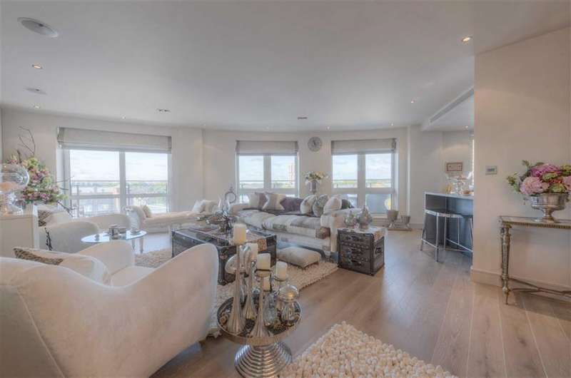 2 Bedrooms Property for sale in Counter House, Chelsea Creek, Chelsea, London, SW6