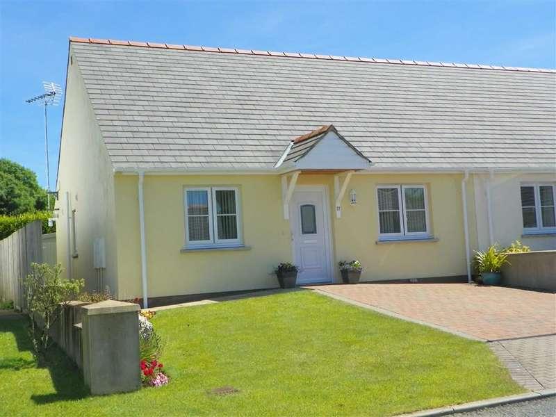 2 Bedrooms Property for sale in Parc Loktudi, Fishguard