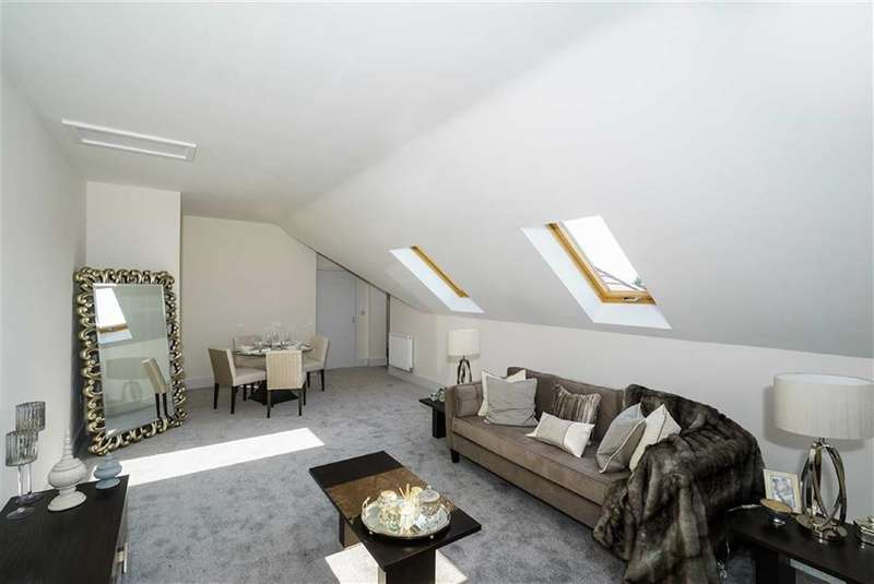 2 Bedrooms Property for sale in King George Court, Carlisle