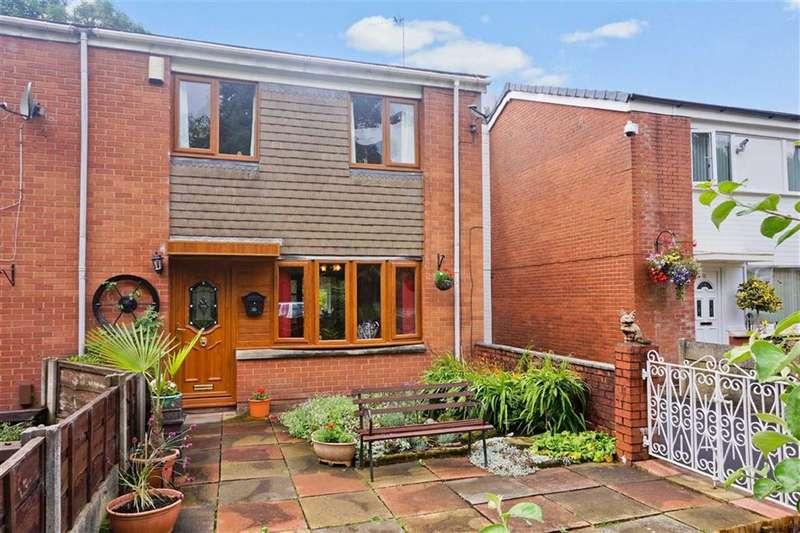 3 Bedrooms Property for sale in Carr Road, Darwen, Lancashire