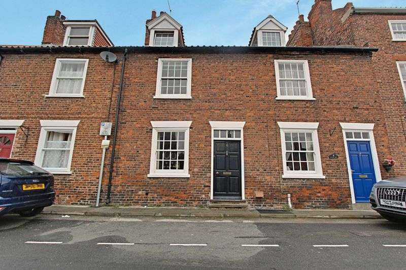 3 Bedrooms Terraced House for sale in Beckside North, Beverley