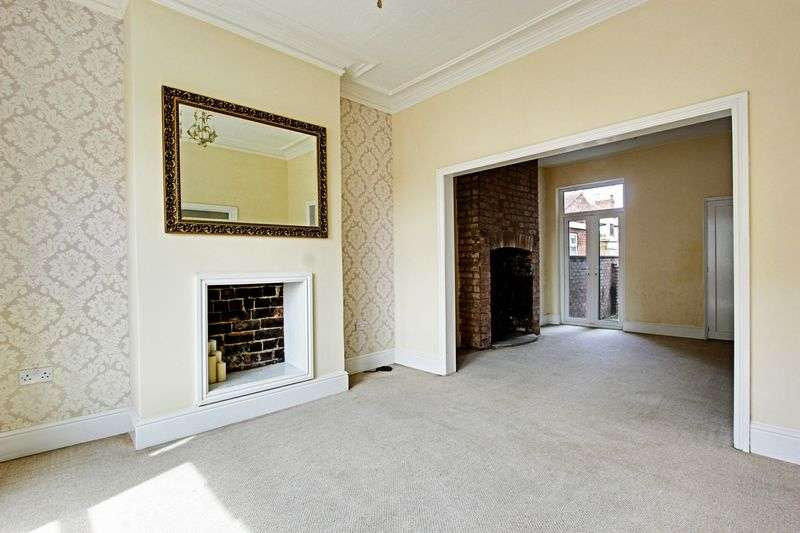 3 Bedrooms Terraced House for sale in Hawthorn Avenue, Hull