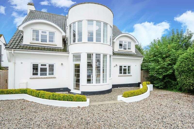 6 Bedrooms Detached House for sale in Newlands, Western Road, Crediton, EX17 3NF