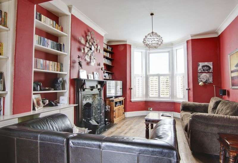 4 Bedrooms Terraced House for sale in Delafield Road, Charlton