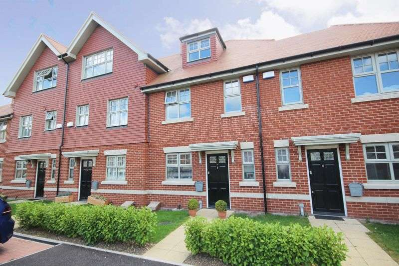 4 Bedrooms Terraced House for sale in CARTING HOUSE CLOSE, CASTLE ROAD, SALISBURY, SP1