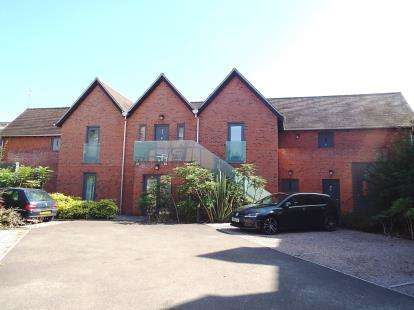 1 Bedroom Flat for sale in Tredennyke Mews, Barbourne Terrace, Worcester, Worcestershire