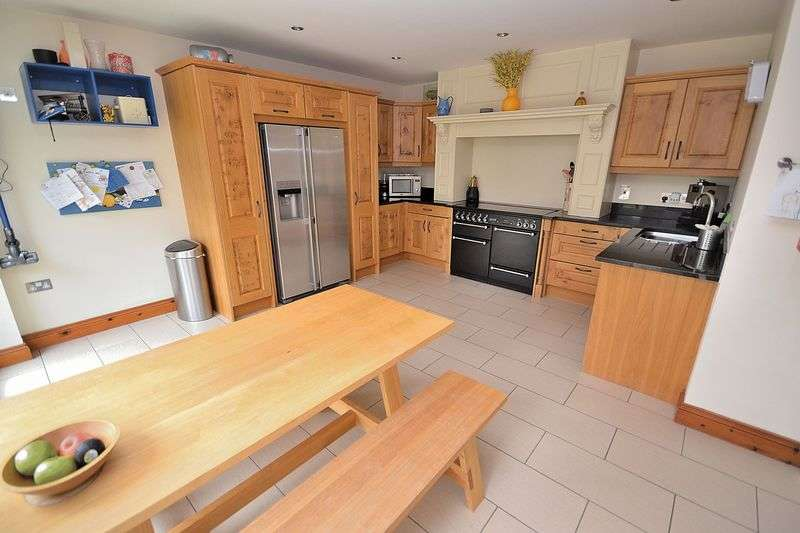 4 Bedrooms House for sale in School Lane, Stewkley