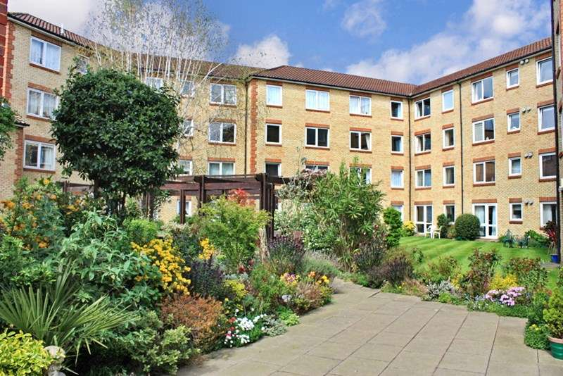 1 Bedroom Retirement Property for sale in Homecross House, Chiswick, W4 1YA