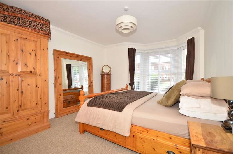 3 Bedrooms Detached House for sale in Carter Road, Shanklin, Isle of Wight