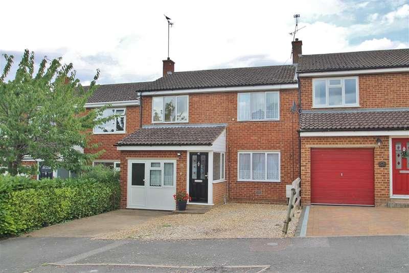 3 Bedrooms Terraced House for sale in Meadoway, Steeple Claydon