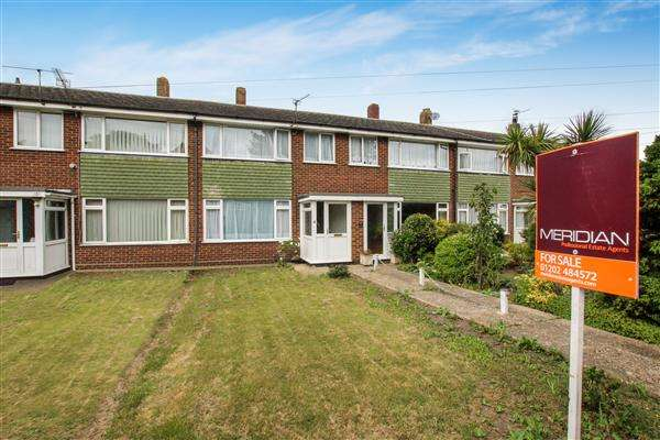 2 Bedrooms Terraced House for sale in York Close, Christchurch