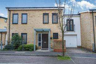 3 Bedrooms Terraced House for sale in The Rise, Greenhithe, Kent