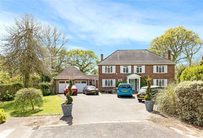 5 Bedrooms Detached House for sale in Pine Grove, West Broyle, Chichester, West Sussex, PO19