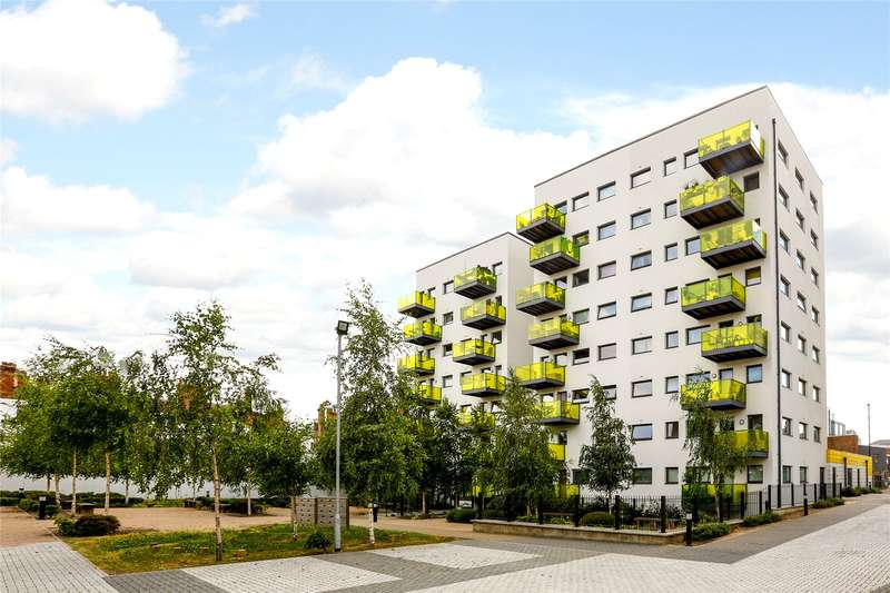 2 Bedrooms Flat for sale in Printworks Apartments, 116 Coldharbour Lane, London, SE5